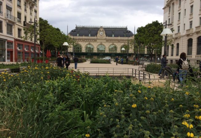 Place General Brosset, Lione