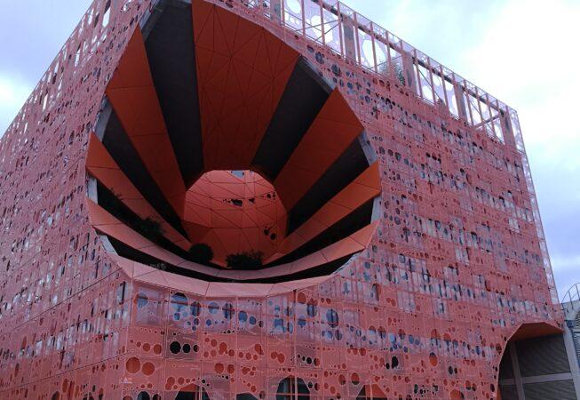 """""""Cube Orange"""" nel distretto """"La Confluence"""" a Lione"""