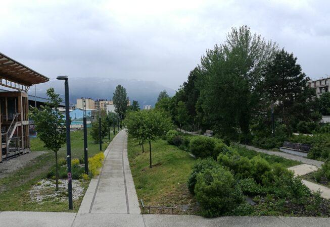Ex binari, oggi elementi compositivi, del Parc Flaubert a Grenoble.