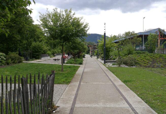 Binari nel Parc Flaubert, Grenoble.